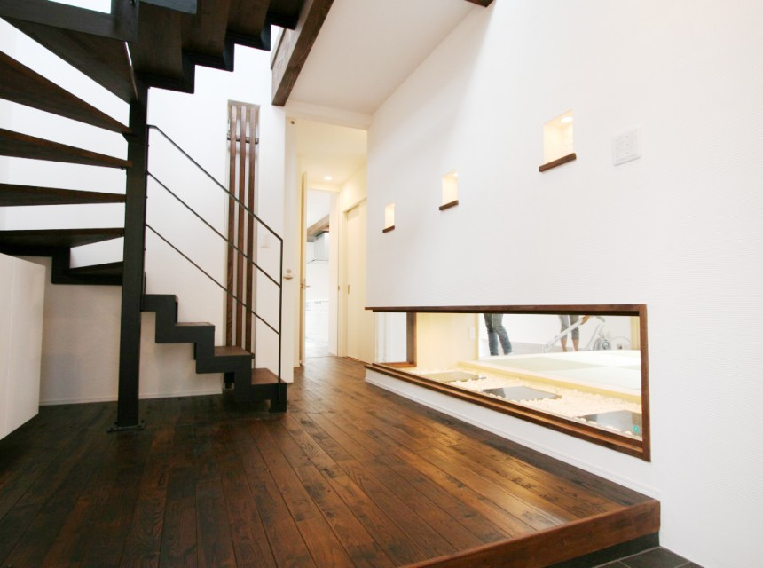 個々のプライベート空間を大切にした機能的な2世帯住宅